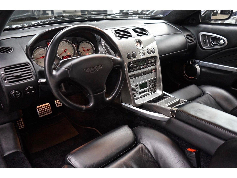 Aston Martin Vanquish (Bild 13)