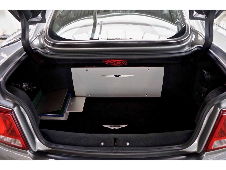 Aston Martin Vanquish (Bild 23)