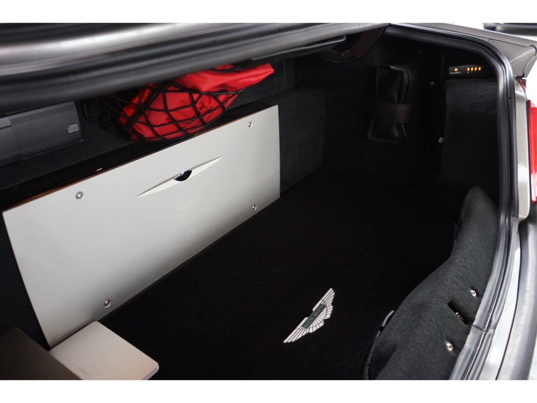 Aston Martin Vanquish (Bild 24)
