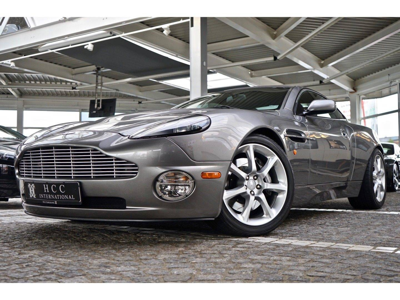 Aston Martin Vanquish (Bild 10)
