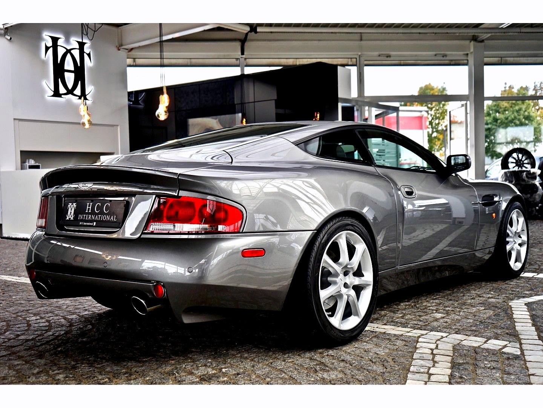 Aston Martin Vanquish (Bild 6)