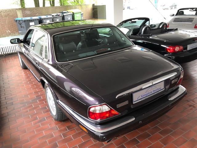 Jaguar XJ 4.0 Sovereign