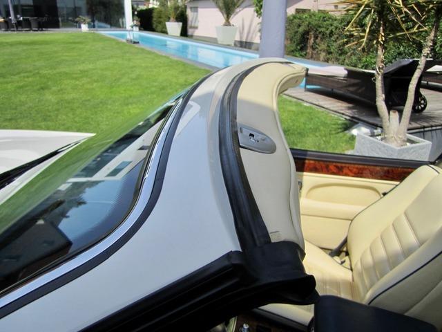 Bentley Azure Deutsche EZ! Unfallfrei+Scheckheft! CD2+ (Bild 23)