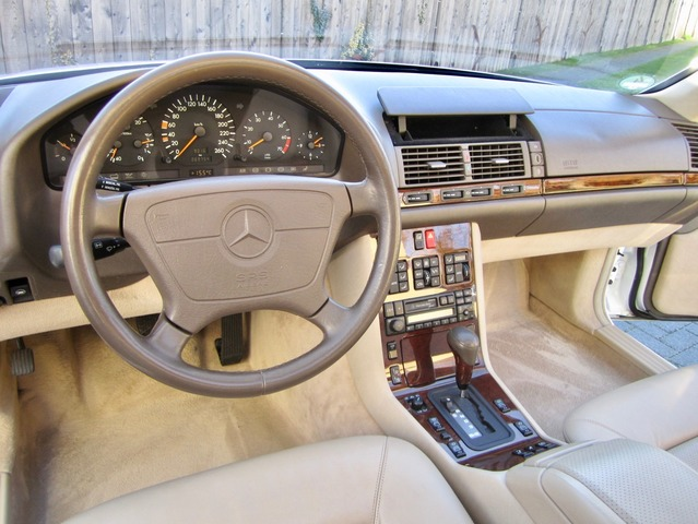 Mercedes-Benz S 500 / 500 SEC COUPE SAMMLERZUSTAND org.69745km (Bild 11)