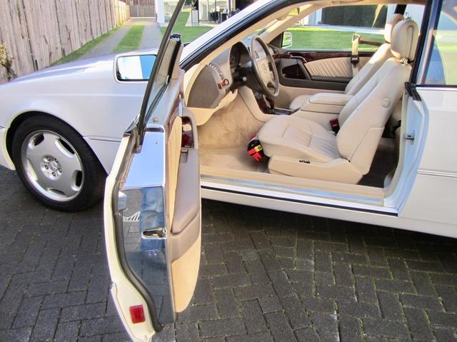 Mercedes-Benz S 500 / 500 SEC COUPE SAMMLERZUSTAND org.69745km (Bild 23)