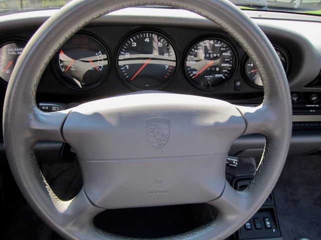 Porsche 993 911 C4 CABRIO UNFALLFREI+SCHECKHEFT! CD 2! (Bild 11)