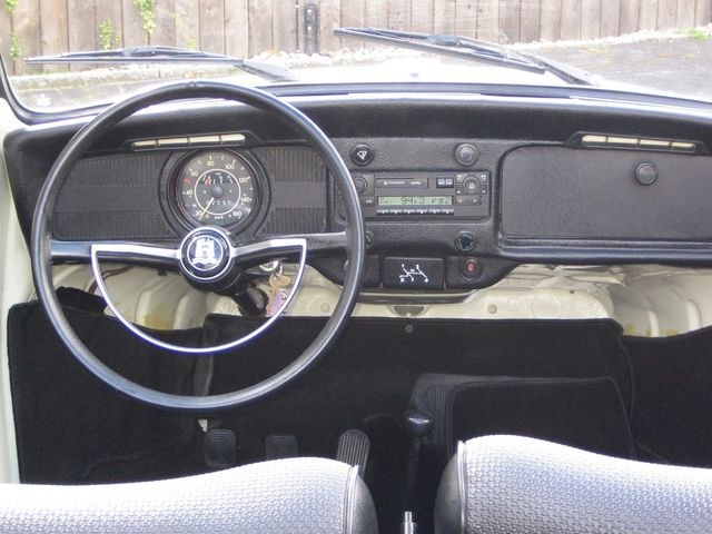 Volkswagen Käfer 1500 Cabrio ORIGINAL FRAME OFF RESTAURIERT (Bild 7)