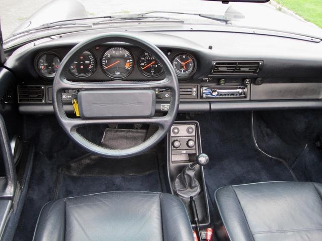 Porsche 911 3.2 CABRIO UNFALLFREI+SCHECKHEFT VERKAUFT ! (Bild 13)