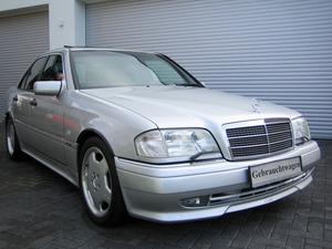 Mercedes-Benz C36 AMG 1.HAND+UNFALLFREI+SCHECKHEFT!C-DATA 2+ (Bild 1)