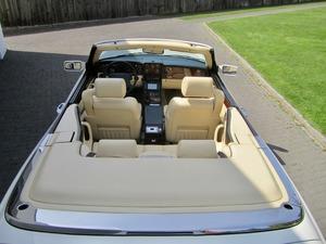 Bentley Azure Deutsche EZ! Unfallfrei+Scheckheft! CD2+ (Bild 24)
