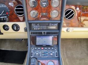 Bentley Azure Deutsche EZ! Unfallfrei+Scheckheft! CD2+ (Bild 27)