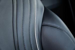Mercedes-Benz V-Class V 300 | KLASSEN Luxury VIP Cars and Vans